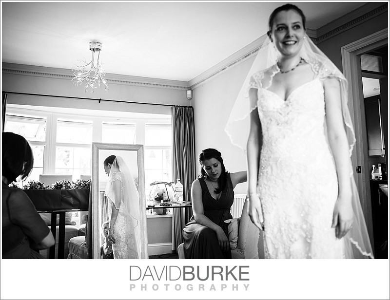 pashley-manor-wedding-photographer (24)