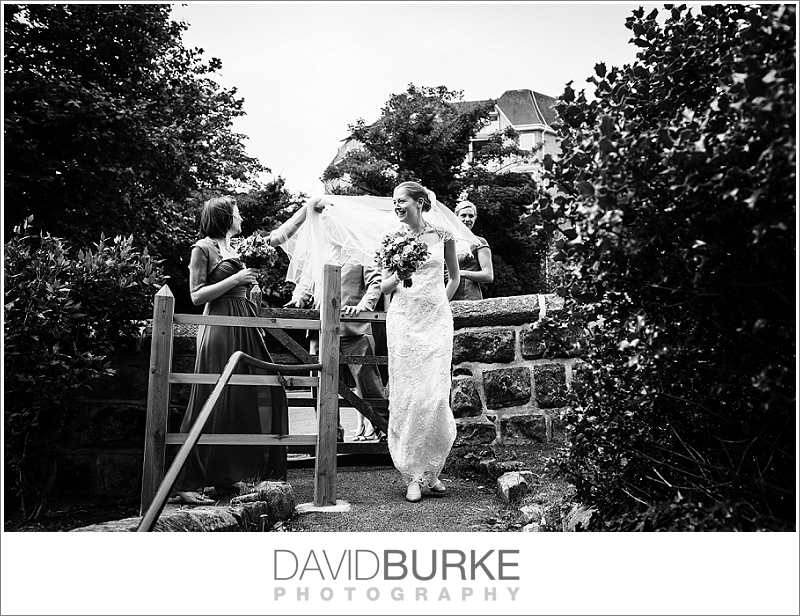 pashley-manor-wedding-photographer (04)