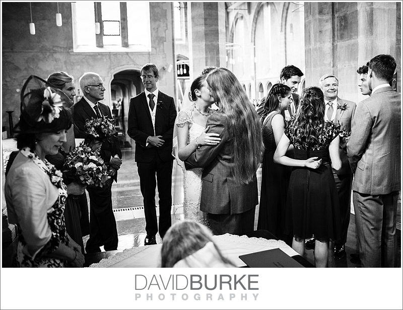 pashley-manor-wedding-photographer (10)