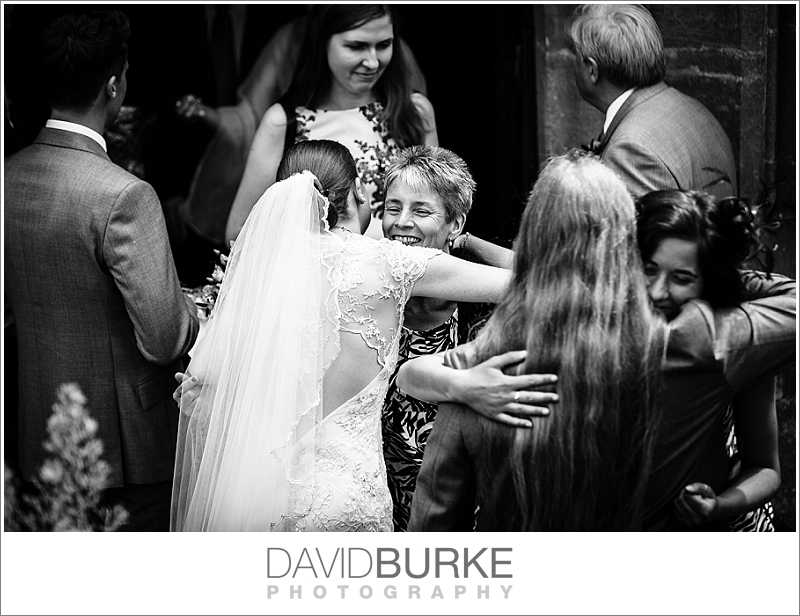 pashley-manor-wedding-photographer (03)