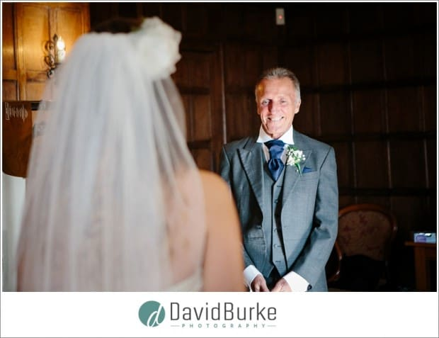 dad seeing daugther in wedding dress