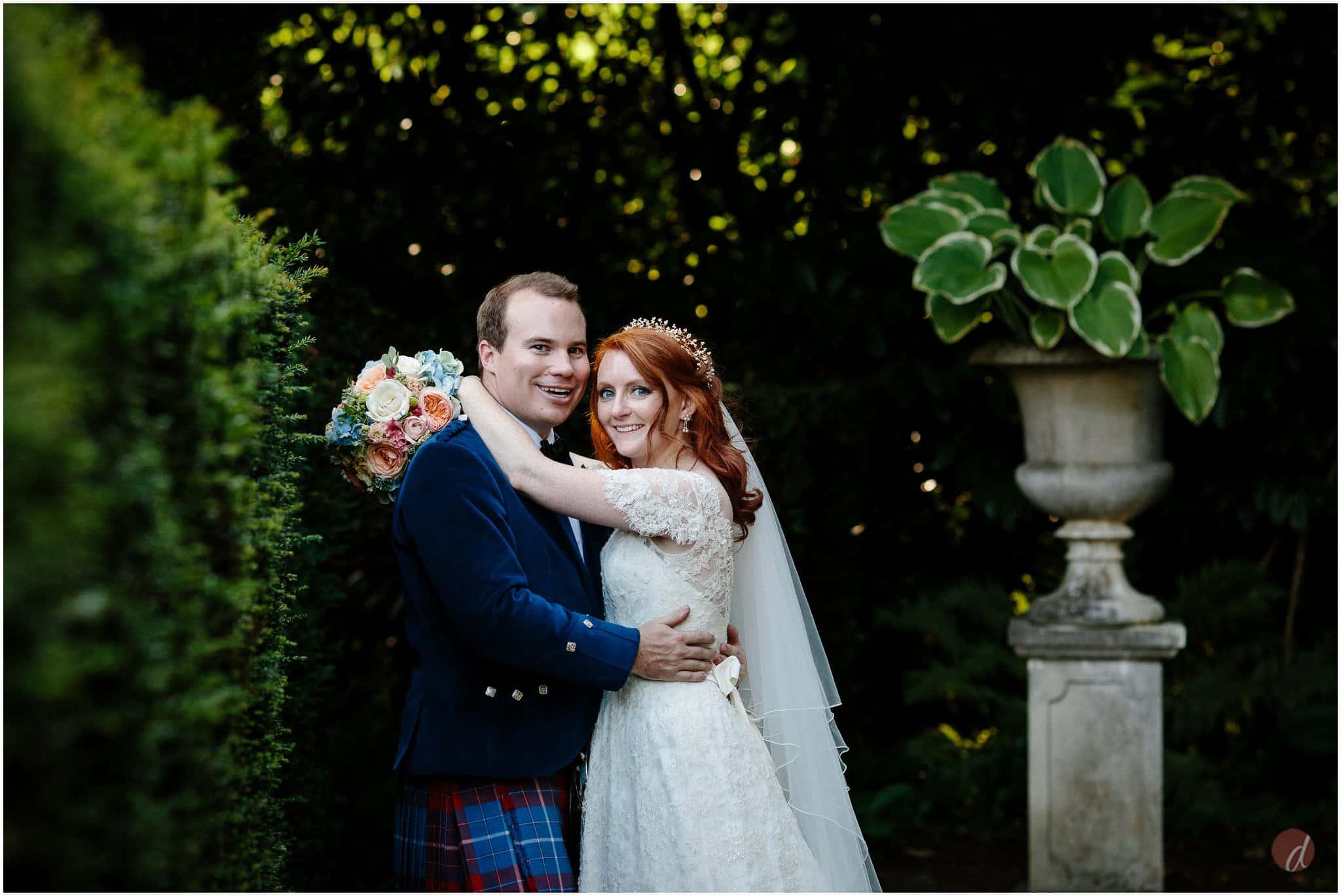 wedding photographer squerryes court
