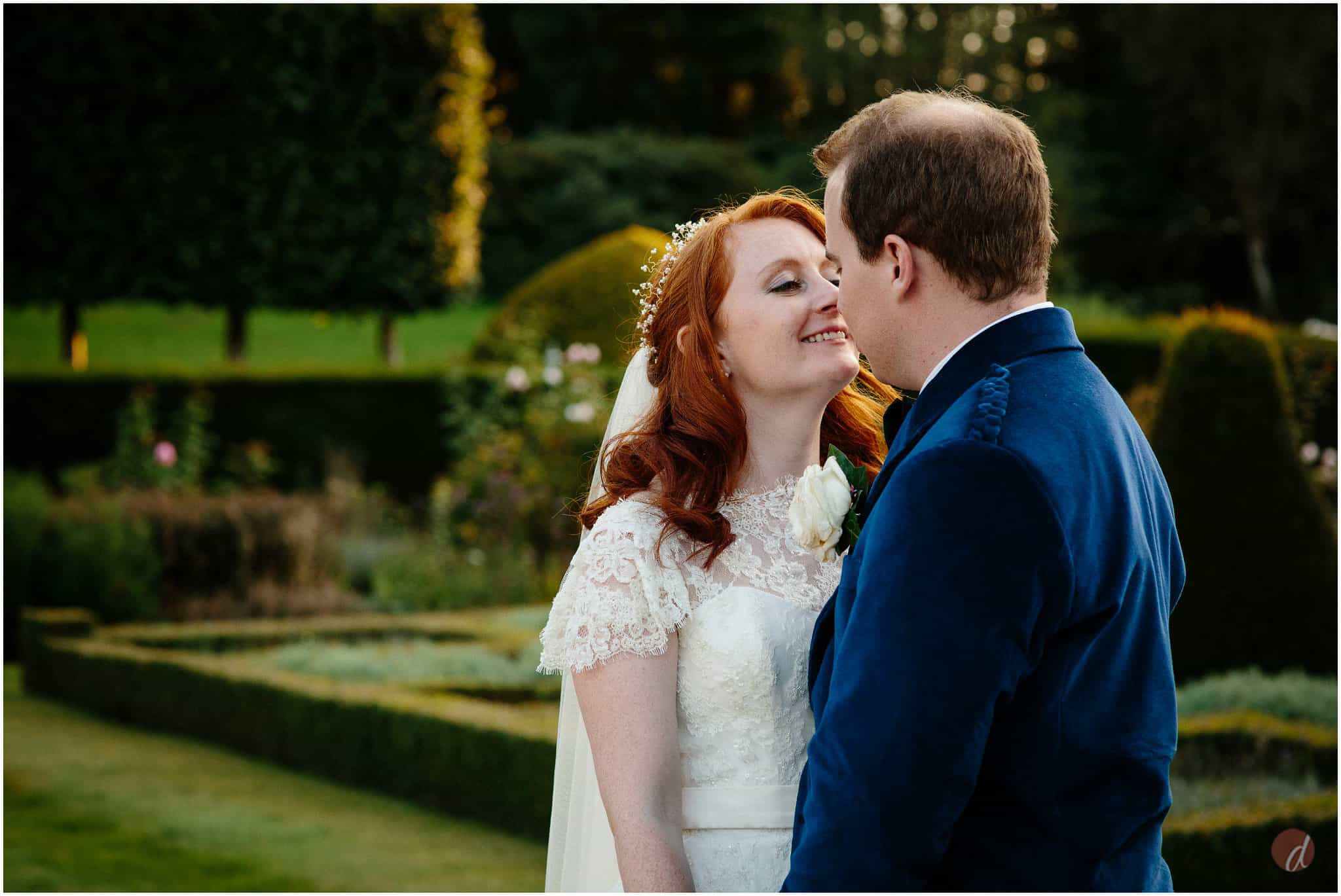 squerryes court wedding photographers