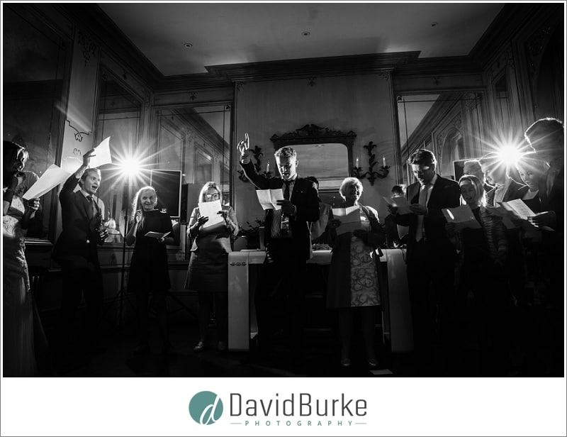 singing at dutch wedding