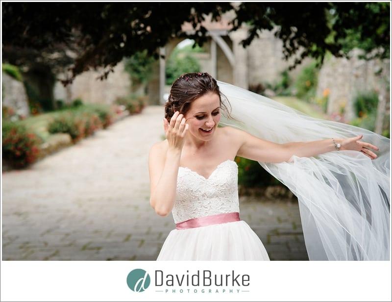 beautiful bride lympne castle