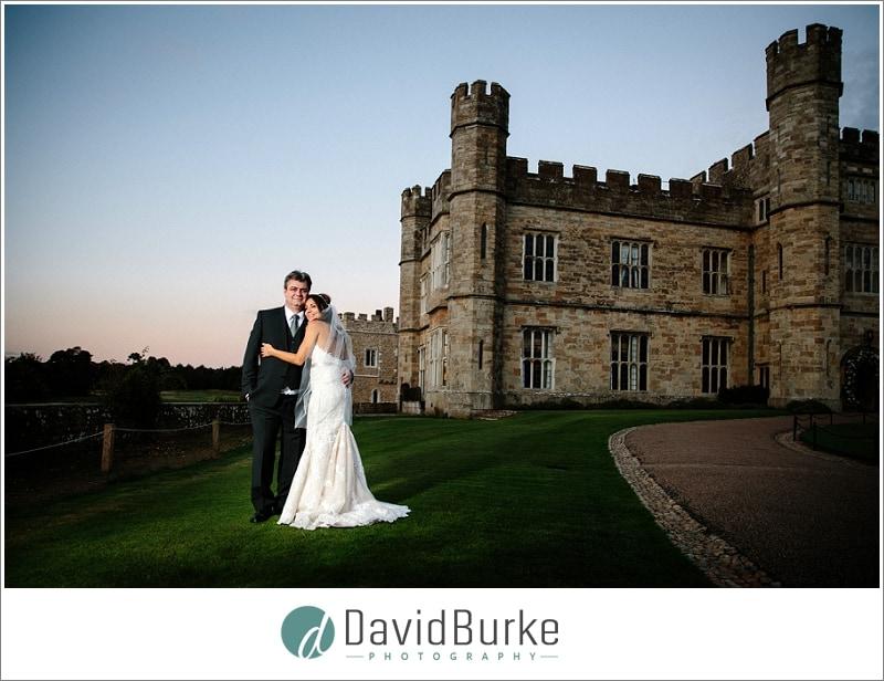 wedding couple outside leeds castle
