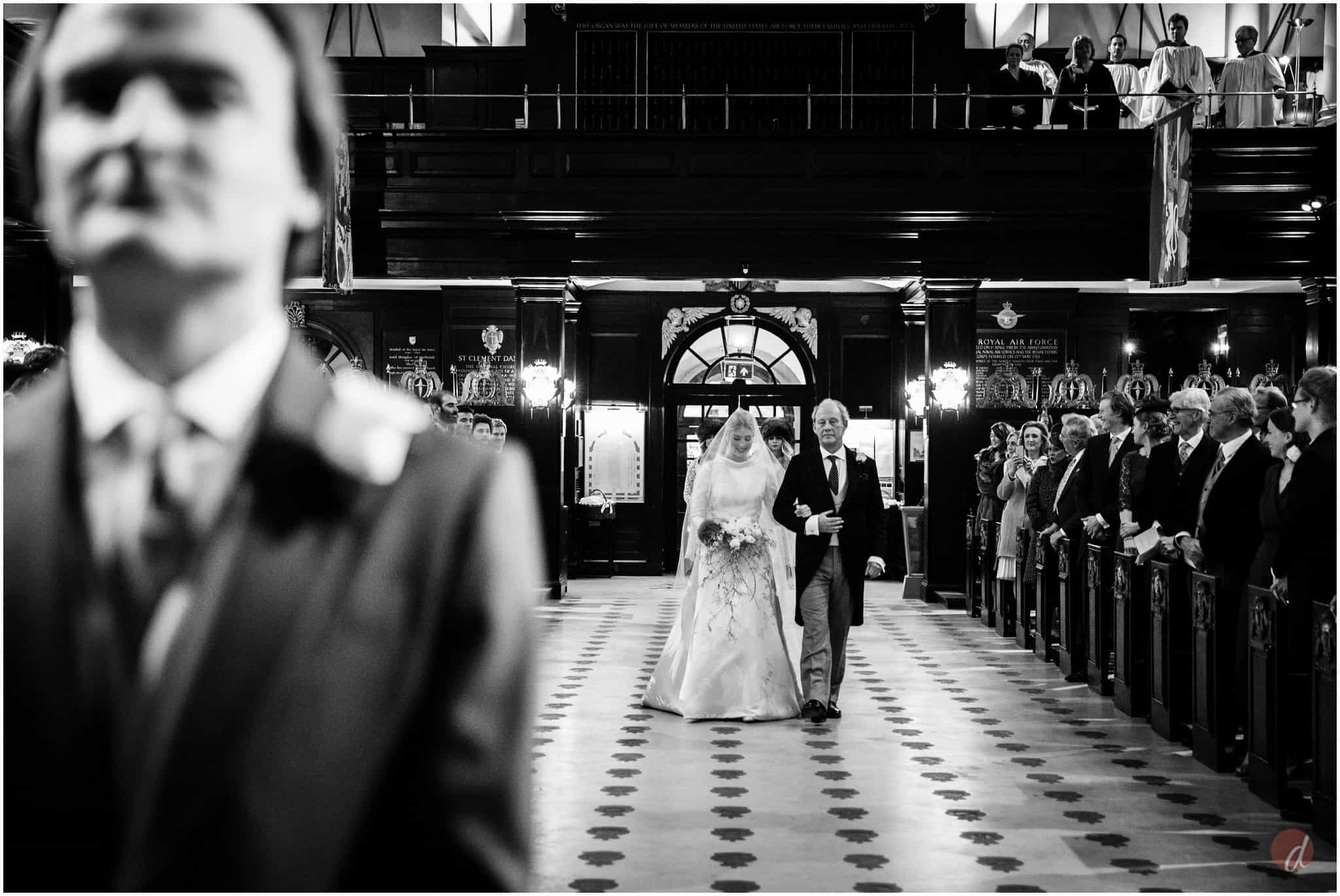 st clement danes wedding photography