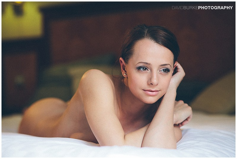 Hotel art nude model shoot