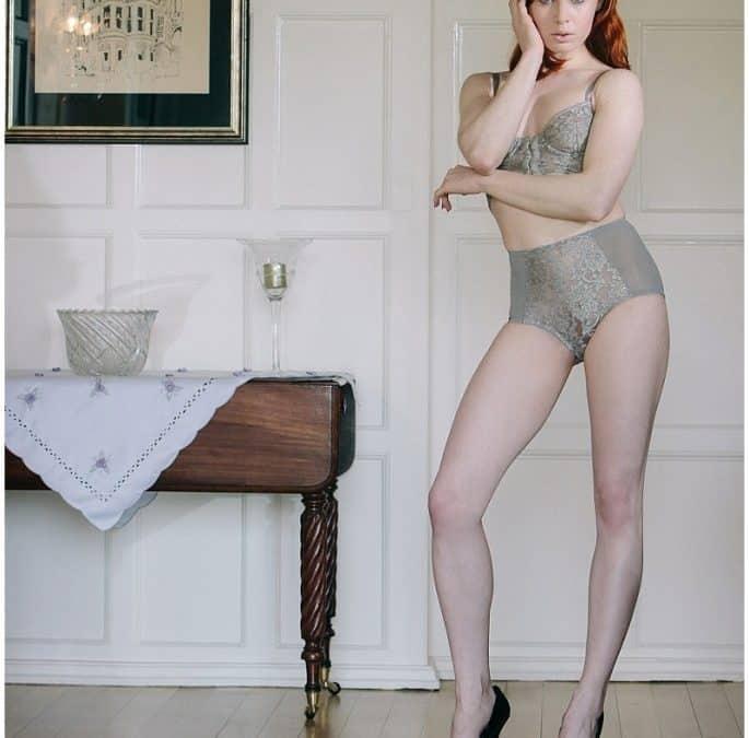 Model portfolio shoot Surrey – Art nude model shoot