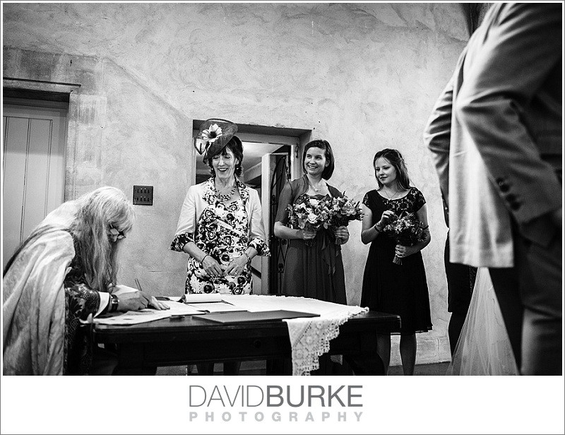 pashley-manor-wedding-photographer (12)
