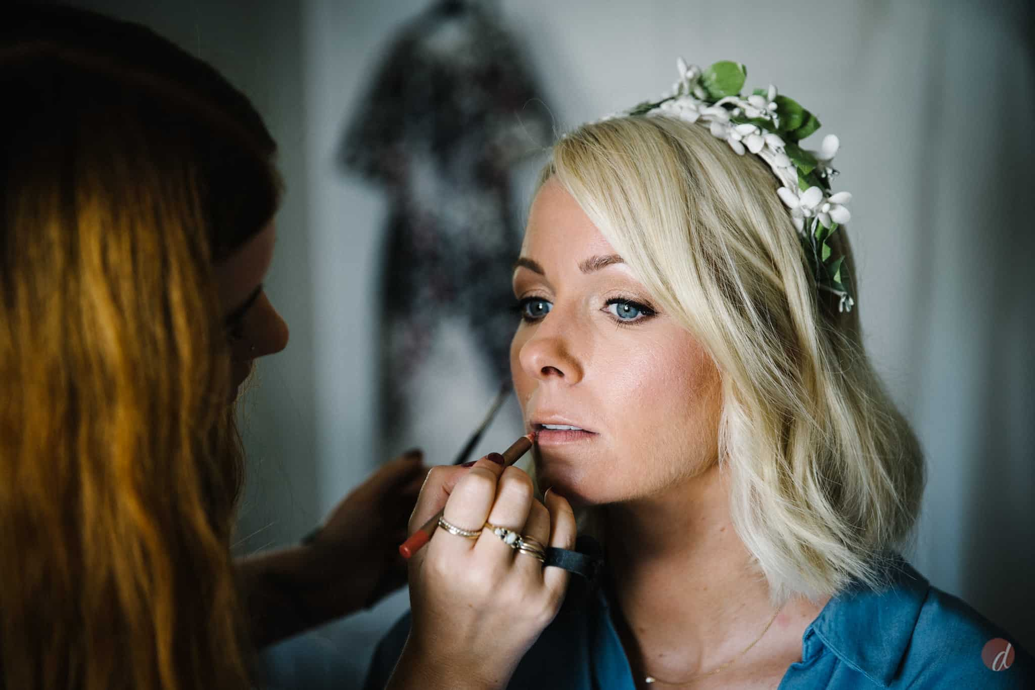 bridal makeup photograph