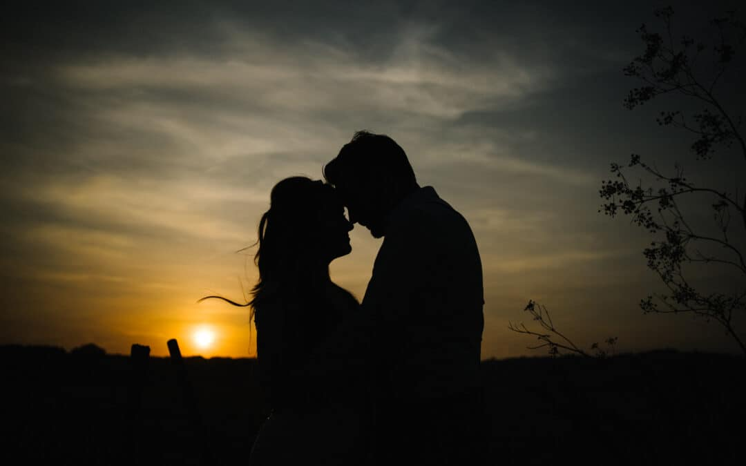wedding silhouette at eastwell manor